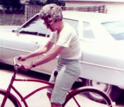 1976 Mom in Coffeeville.jpg