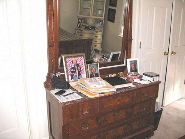 Dresser Bob's room